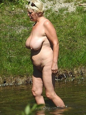 amateur mature nude beach photos