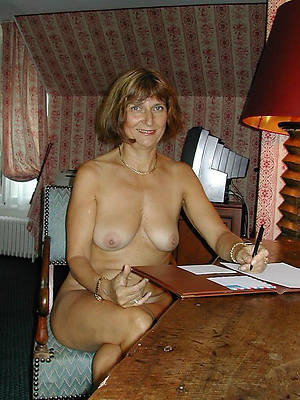 free naked classic mature porno pictures