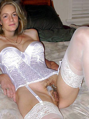 free mature cumshots pictures
