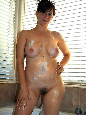 free hd mature with natural knockers