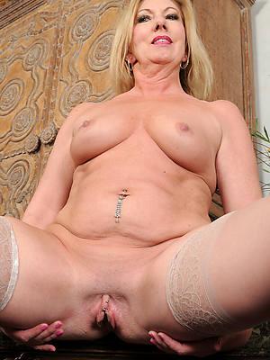 sexy mature white women