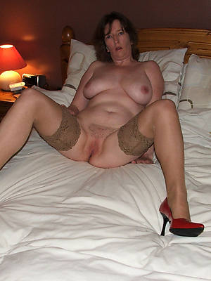 mature legs and heels porn pix