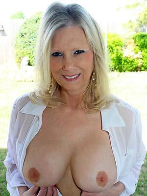 hd nude 60 year old women photos