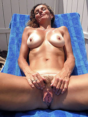 best unshaved mature pussy free pics