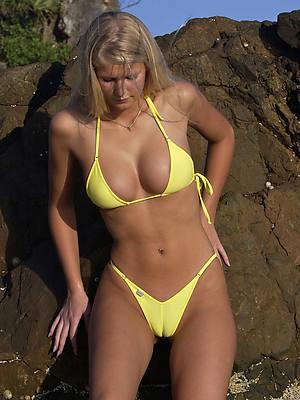 easy hd mature in bikini pics