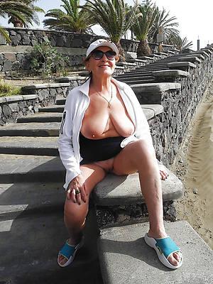 powered mature older woman nude photos