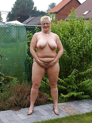 chubby mature whore porno pictures