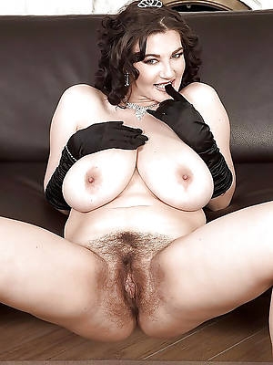 superannuated hairy ass porno pictures