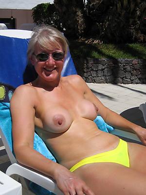 free amature old women in bikinis