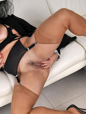 naught stockings mature ladies pics