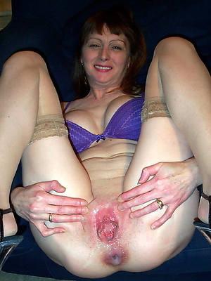 horny mature vulva photos