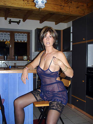 petite naked mature private gallery