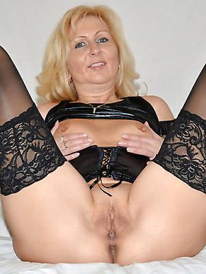 bared pics of mature erotic ladies