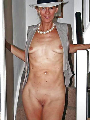 beautiful old grown up ladies free nude pics