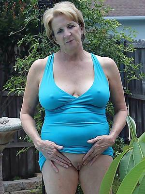 free nude age-old mature ladies porn pics