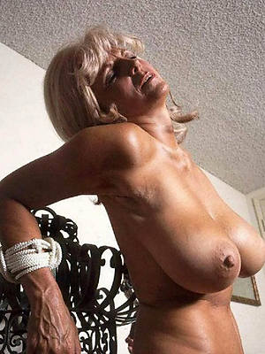 beautiful vintage mature tits