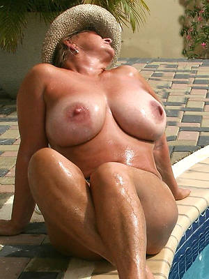 naughty mature russian bowels porn pics