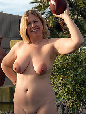 petite nude mature women outdoors amateur porn pics