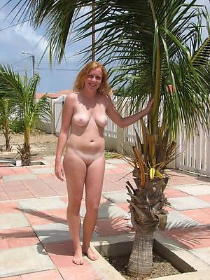 sexy outdoor mature galleries