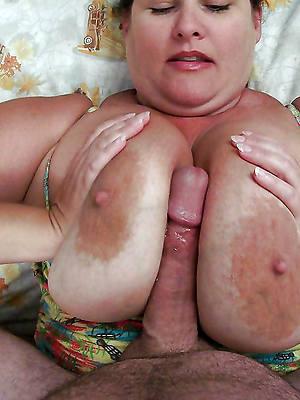 Tit Job Pics