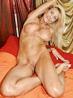 unexceptionally hot 50 domain old mature women homemade pics