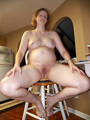 horney matured wife displaying her pussy