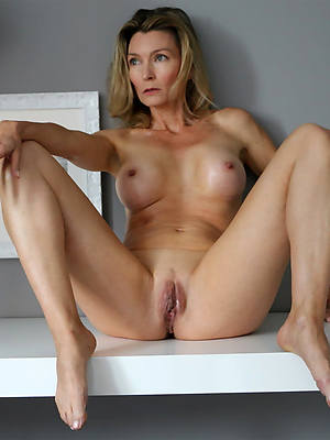 naughty pretty mature trotters