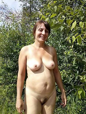 horny innocent mature pussy pics
