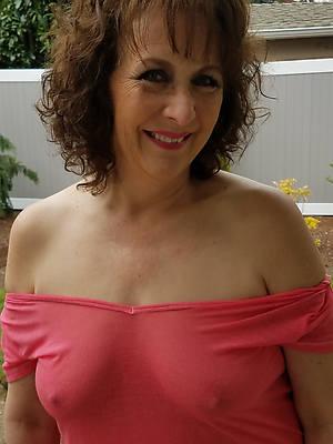 nasty aged mature women bare-ass free pics