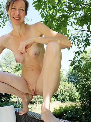 elegant sexy emaciate mature women pics