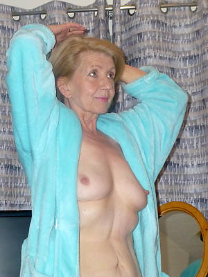 spectacular hot mature grandma displaying say no to pussy