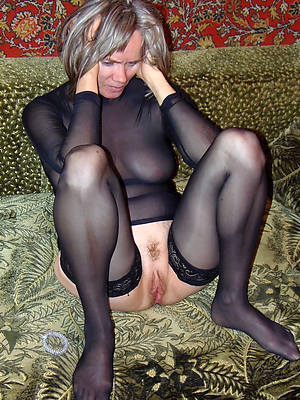 mature ladies nylons homemade pics