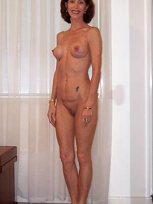 free pics of beautiful natural mature unshod women