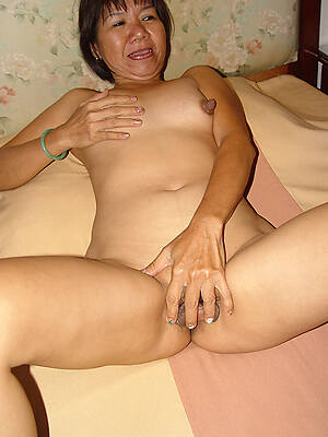 mature filipinas displaying will not hear of pussy