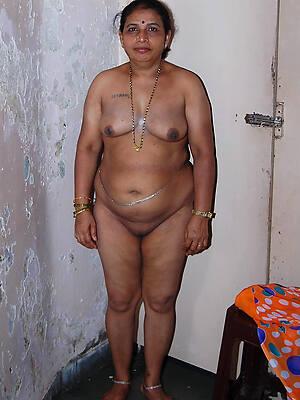 indian mature naked homemade pics