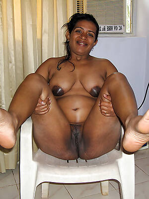indian mature barren displaying say no to pussy