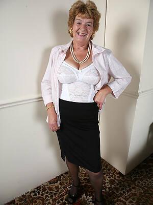 cranky hot old basic ladies foto