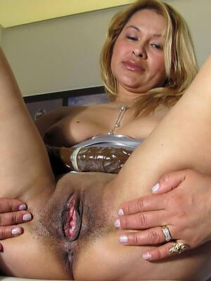 dirty mateur mature latina nude pics