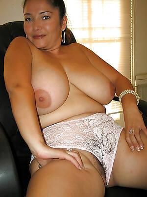 free pics of mature latina moms