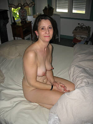 gorgeous naked mature swain galleries