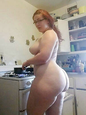 older grown up wife pics