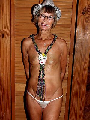 amateur grown up granny tits porn
