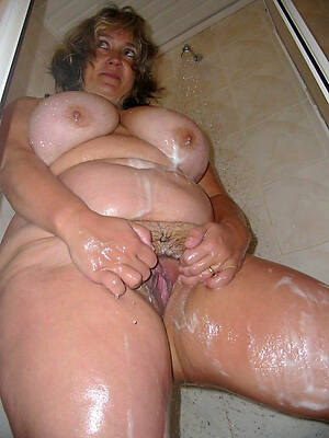 dominate sexy mature women in make an issue of shower pictures