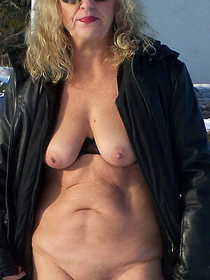50 year age-old X-rated column sex pics