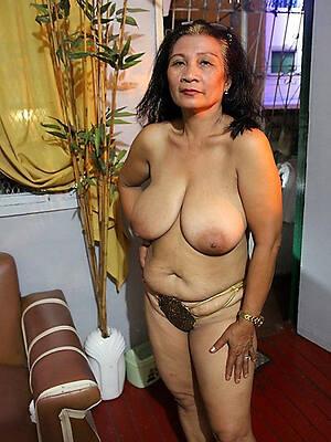 hot sexy mature hairy latina pussy