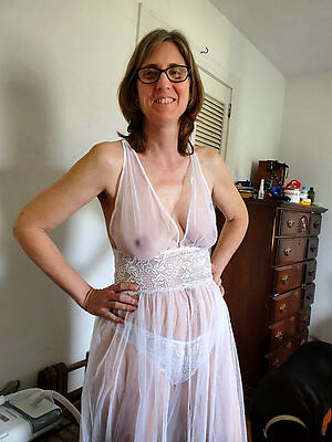 naked pics of real mature mom porn