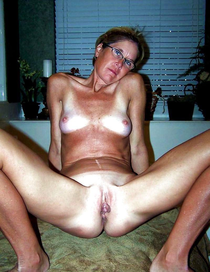 Nude Mature Amature